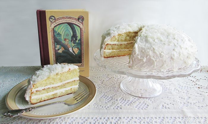 series-of-unfortunate-events-coconut-cake-d-5290-700x418